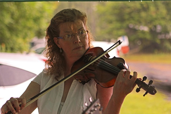 photo of Last Small Town fiddler Regina Mohr